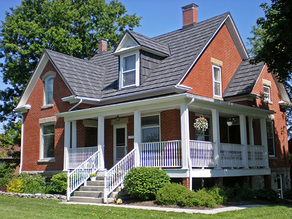 For Hartford Homeowners: Common Metal Roofing Myths